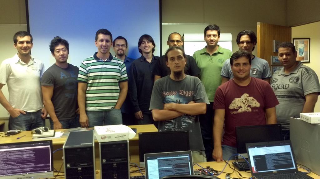 1a.turma  Formada a primeira turma do treinamento de Linux embarcado